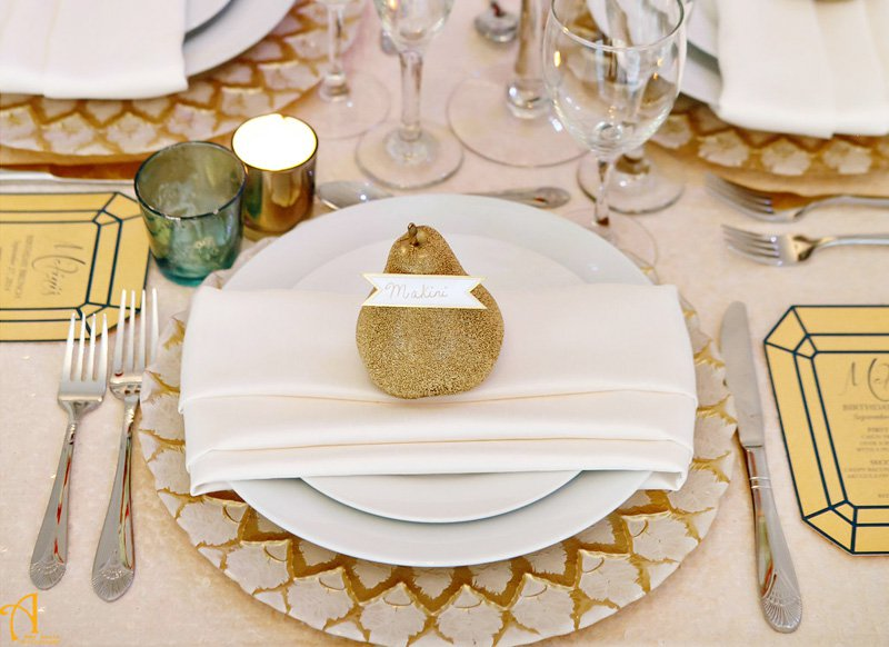 personalized-pear-place-card_2